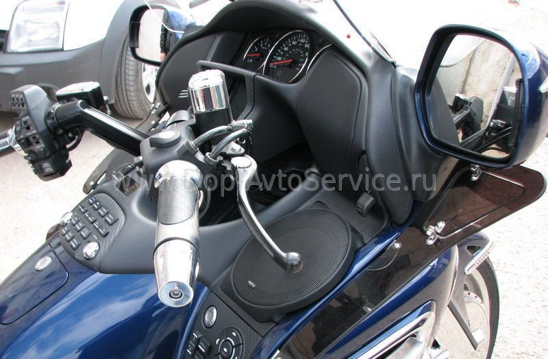 Подиумы для HONDA Gold Wing и VALKYRIE INTERSTATE